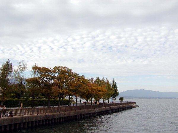 秋の琵琶湖_c0057390_2257154.jpg