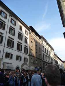 学生デモとイタリア_f0106597_1631226.jpg