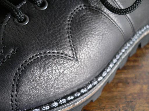 CEBO monkey boots_d0120442_163342.jpg