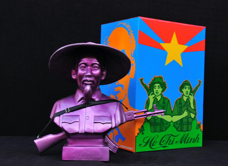 HO CHI MINH Metallic Purple vinyl bust by Kozik_e0118156_19331696.jpg