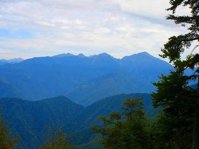 <2008年10月4~5日>南アルプス深南部の秘峰「池口岳」_c0119160_8415185.jpg