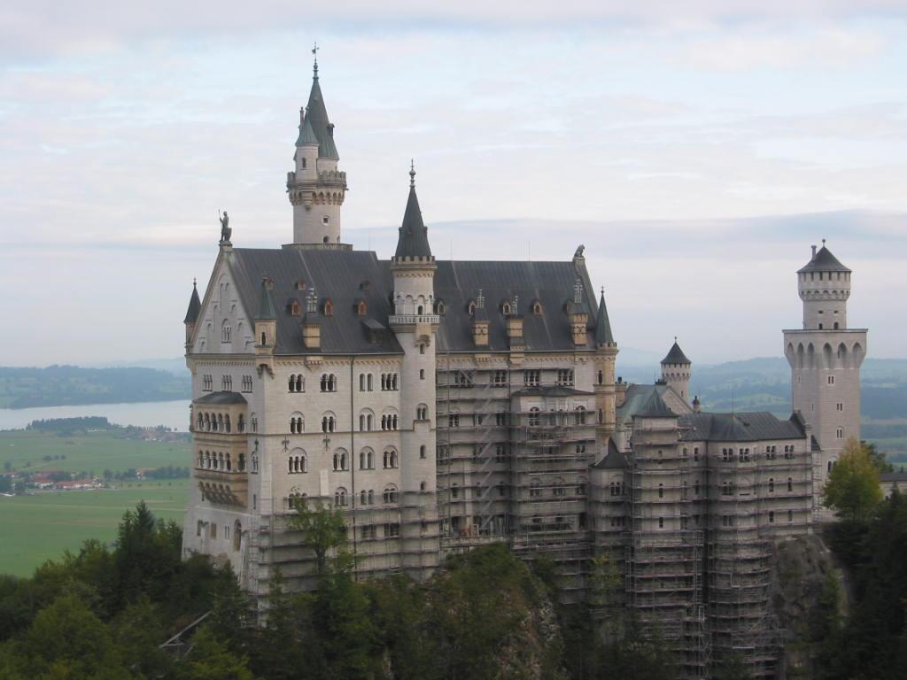 今日はドイツ観光のハイライト、別名「白鳥城」のノイシュバンシュタイン城に... ドイツロマン街道