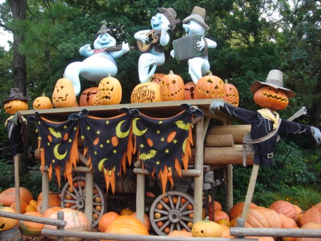 TDL Halloween Attack!!_f0011179_1024218.jpg