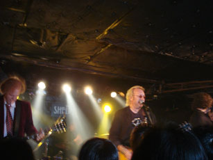 10月 buzzrock~the records 20/20 japan tour~sweet dreams baby_b0125906_2201080.jpg