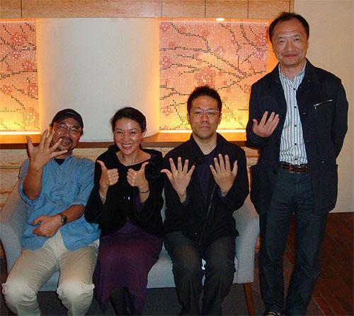 ネイルカンパニーの佐藤瑛利子さんに「グラスネイル」を教わった!_c0137404_22493880.jpg