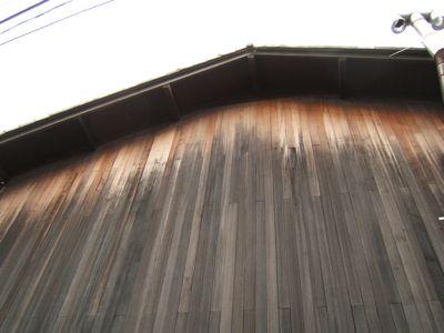 板張りの壁_c0004024_9594836.jpg