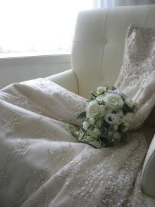 ドレス刺繍にうっとりでした。。。。_c0043737_1229827.jpg