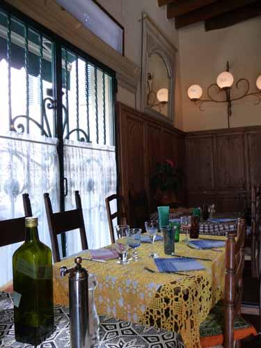 ジルダおばさんの小さなレストラン_f0106597_16414749.jpg