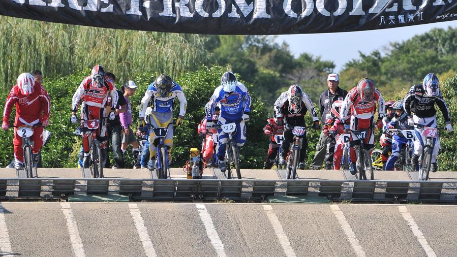 2008JBMXF西日本BMX選手権大会IN大阪VOL 6:年齢別クラス決勝その1_b0065730_19325926.jpg