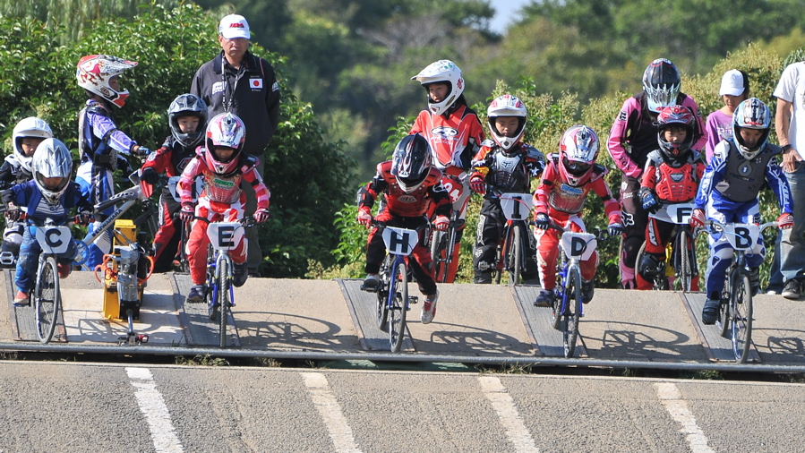 2008JBMXF西日本BMX選手権大会IN大阪VOL 6:年齢別クラス決勝その1_b0065730_19365691.jpg