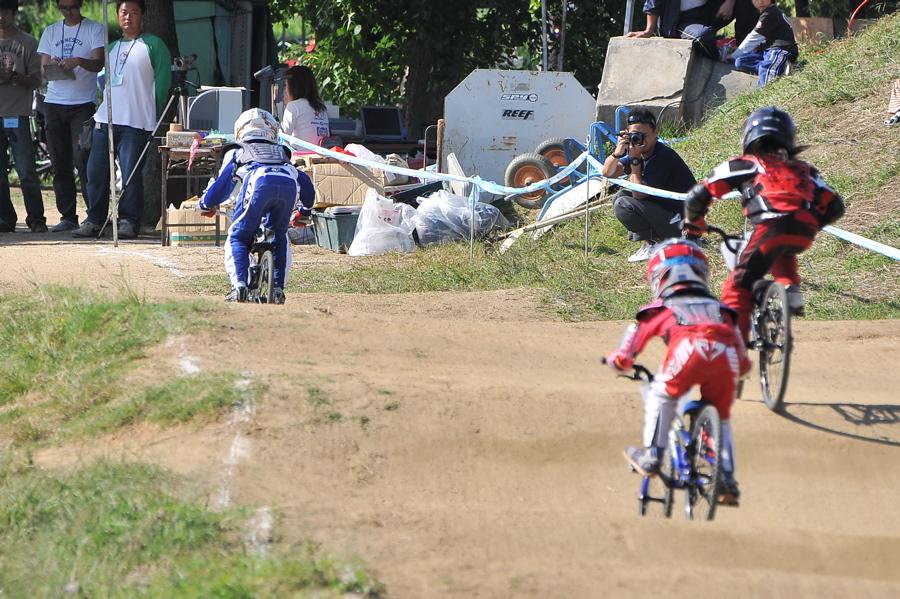2008JBMXF西日本BMX選手権大会IN大阪VOL 6:年齢別クラス決勝その1_b0065730_19375371.jpg