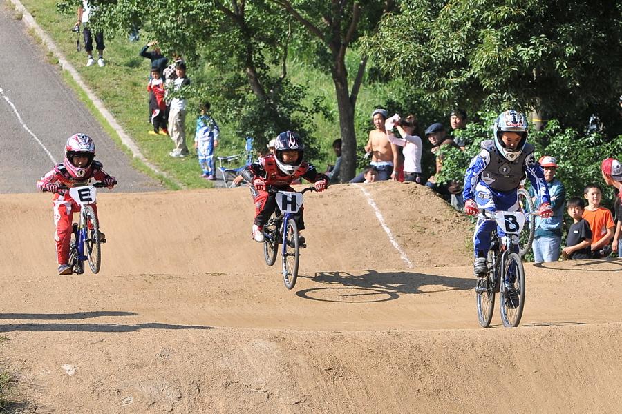 2008JBMXF西日本BMX選手権大会IN大阪VOL 6:年齢別クラス決勝その1_b0065730_1937823.jpg