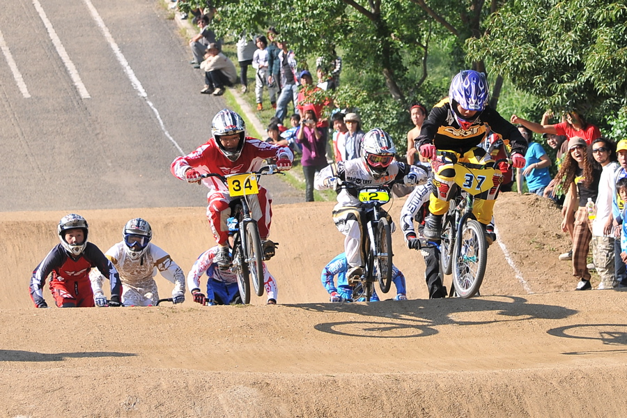 2008JBMXF西日本BMX選手権大会IN大阪VOL 9:年齢別クラス決勝その4_b0065730_23341679.jpg