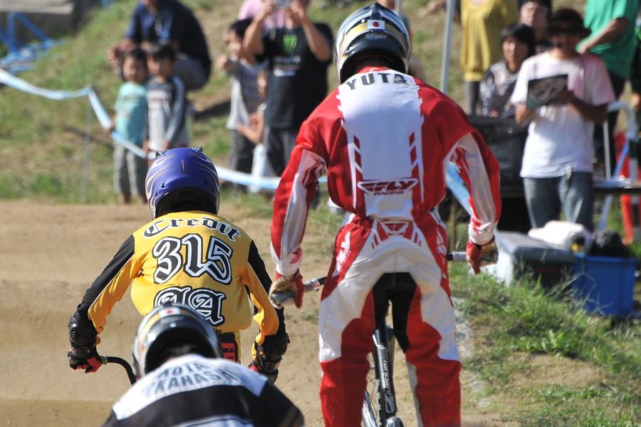 2008JBMXF西日本BMX選手権大会IN大阪VOL 9:年齢別クラス決勝その4_b0065730_23354534.jpg