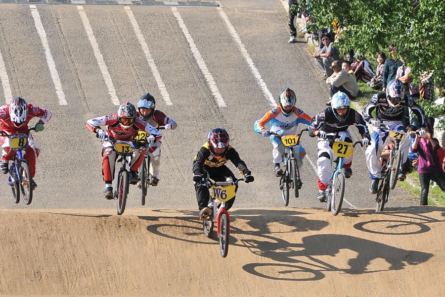 2008JBMXF西日本BMX選手権大会IN大阪VOL 9:年齢別クラス決勝その4_b0065730_23372310.jpg