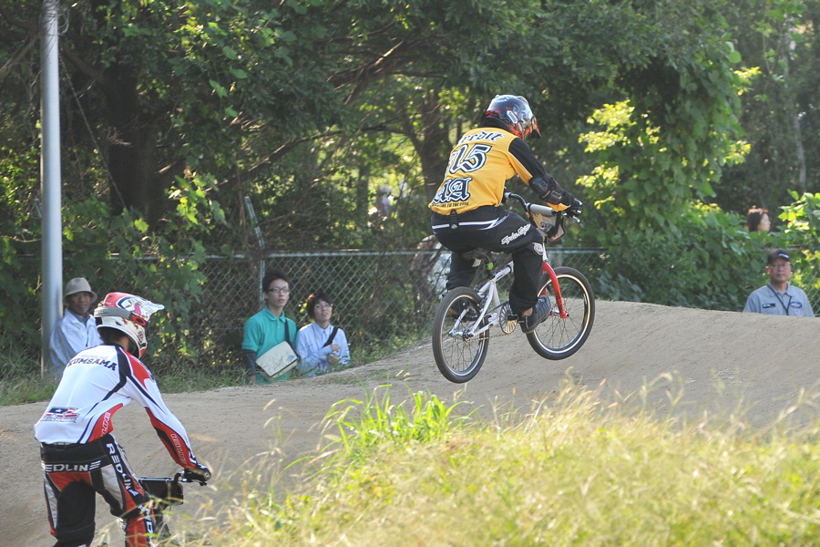 2008JBMXF西日本BMX選手権大会IN大阪VOL 9:年齢別クラス決勝その4_b0065730_23375821.jpg