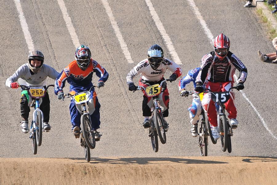 2008JBMXF西日本BMX選手権大会IN大阪VOL 9:年齢別クラス決勝その4_b0065730_23411483.jpg