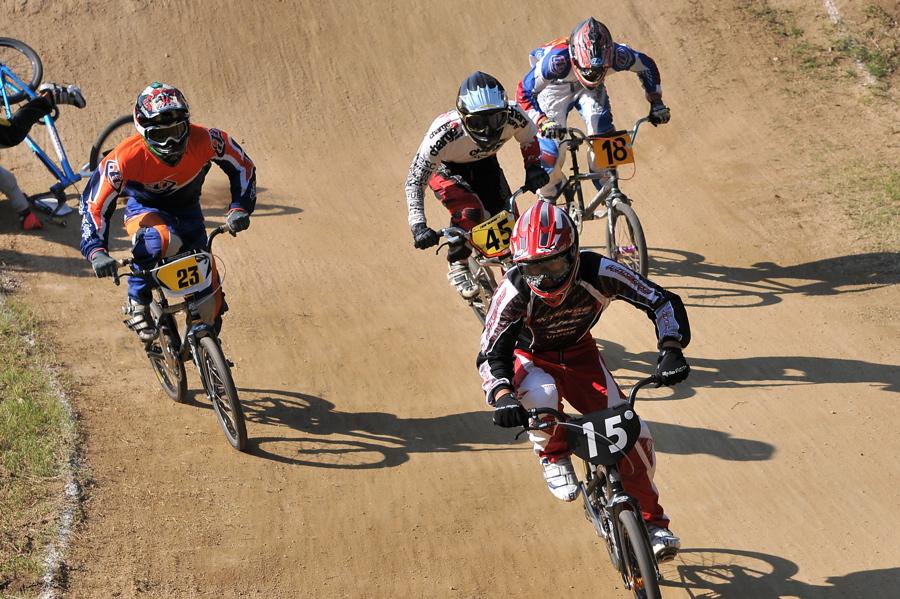 2008JBMXF西日本BMX選手権大会IN大阪VOL 9:年齢別クラス決勝その4_b0065730_2341394.jpg