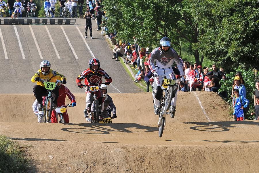 2008JBMXF西日本BMX選手権大会IN大阪VOL 9:年齢別クラス決勝その4_b0065730_23445239.jpg