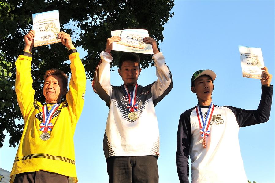 2008JBMXF西日本BMX選手権大会IN大阪VOL 9:年齢別クラス決勝その4_b0065730_2347638.jpg