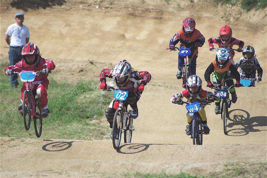 2008JBMXF西日本BMX選手権大会IN大阪VOL 5:年齢別クラス予選その2_b0065730_6494352.jpg