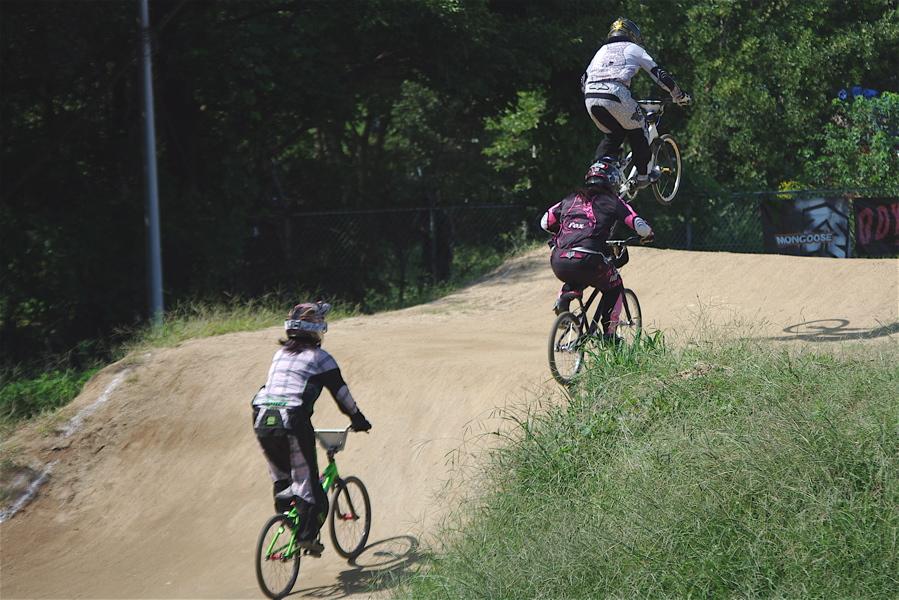 2008JBMXF西日本BMX選手権大会IN大阪VOL 5:年齢別クラス予選その2_b0065730_6501145.jpg