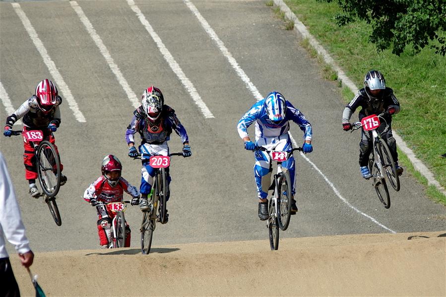 2008JBMXF西日本BMX選手権大会IN大阪VOL 5:年齢別クラス予選その2_b0065730_6511912.jpg