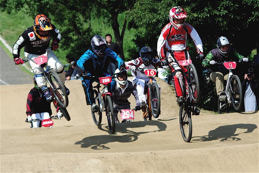 2008JBMXF西日本BMX選手権大会IN大阪VOL 5:年齢別クラス予選その2_b0065730_6514438.jpg