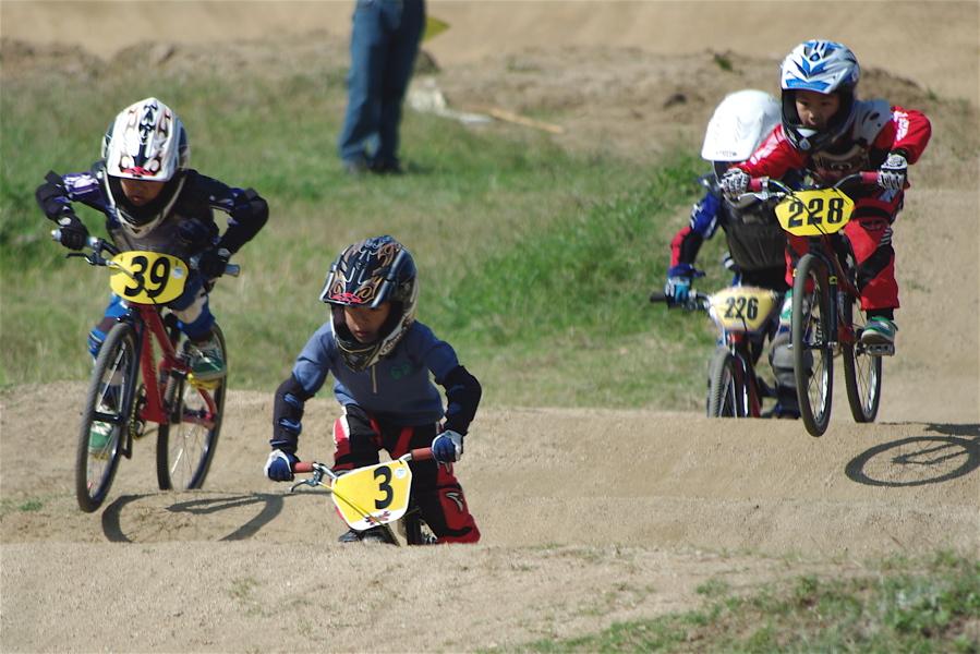 2008JBMXF西日本BMX選手権大会IN大阪VOL 5:年齢別クラス予選その2_b0065730_6532841.jpg
