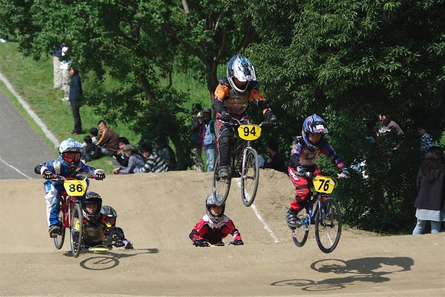 2008JBMXF西日本BMX選手権大会IN大阪VOL 5:年齢別クラス予選その2_b0065730_6533983.jpg