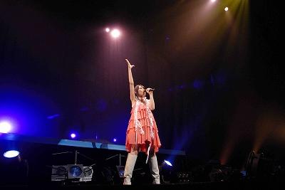 「カンノヨーコpresents マクロスFギャラクシーツアーFINAL at パシフィコ横浜」ライブレポート!!_e0025035_23344951.jpg