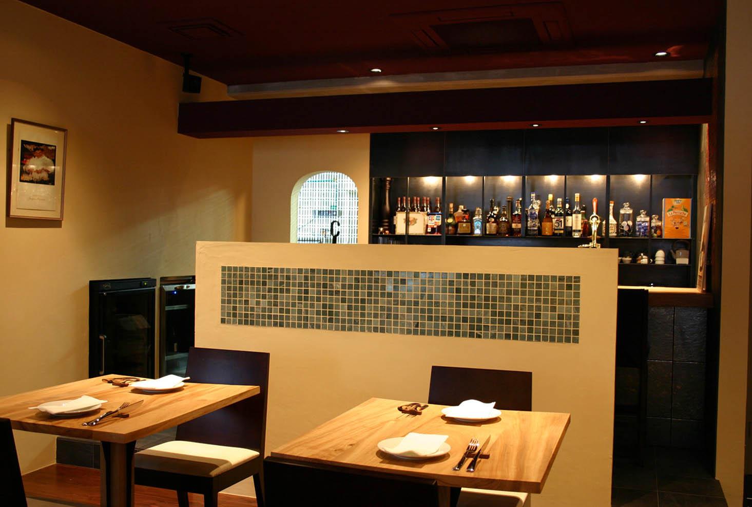 La Base  ラ バーズ フランスの食堂_f0171785_1720696.jpg