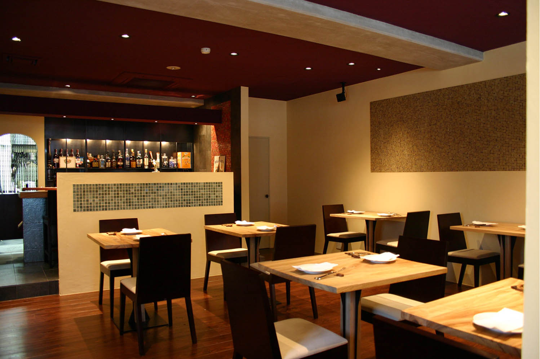 La Base  ラ バーズ フランスの食堂_f0171785_1775784.jpg