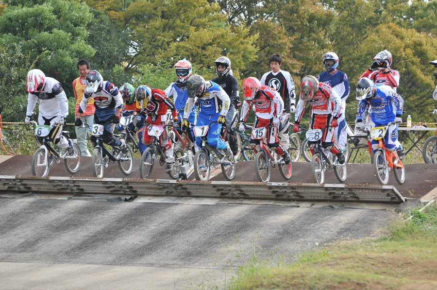 2008JOSF10月緑山定期戦VOL 1:BMXエリートクラス決勝_b0065730_19525848.jpg