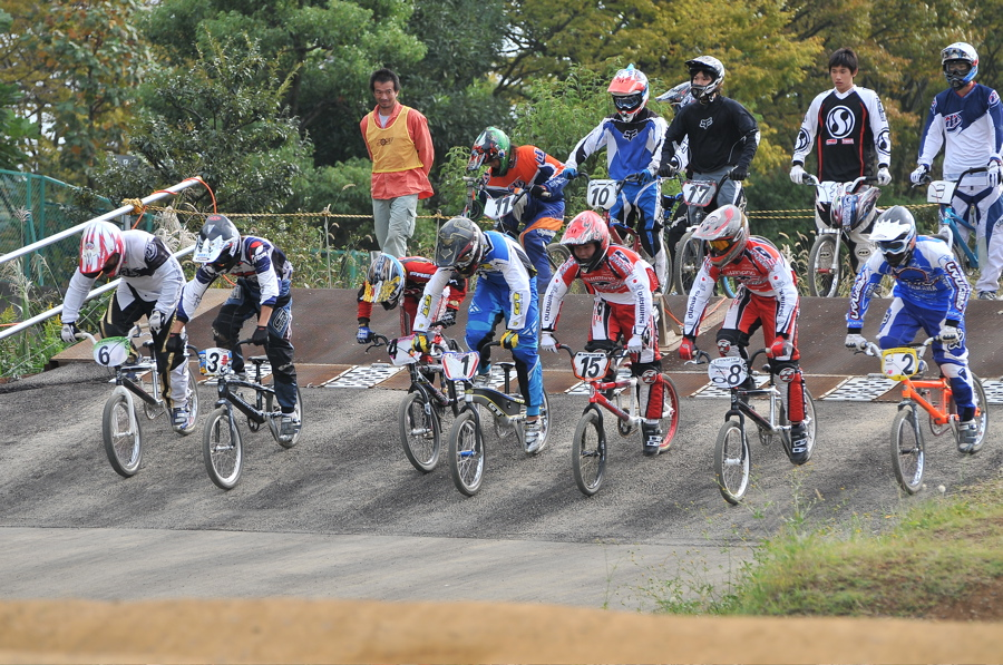 2008JOSF10月緑山定期戦VOL 1:BMXエリートクラス決勝_b0065730_19531018.jpg