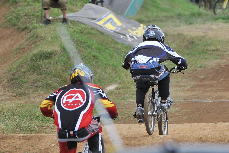 2008JOSF10月緑山定期戦VOL 1:BMXエリートクラス決勝_b0065730_2005553.jpg
