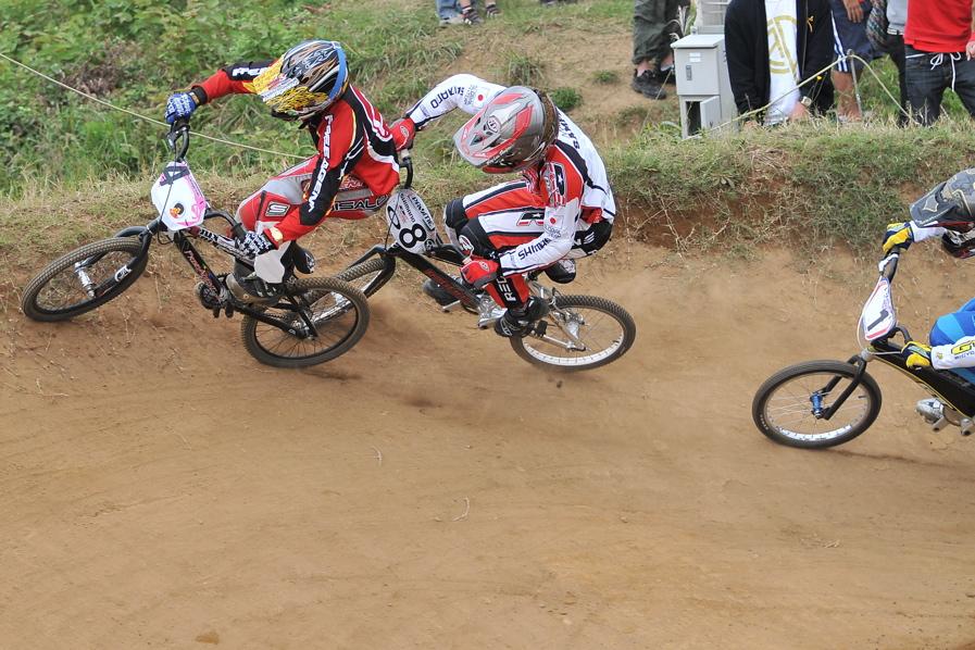 2008JOSF10月緑山定期戦VOL 1:BMXエリートクラス決勝_b0065730_200673.jpg