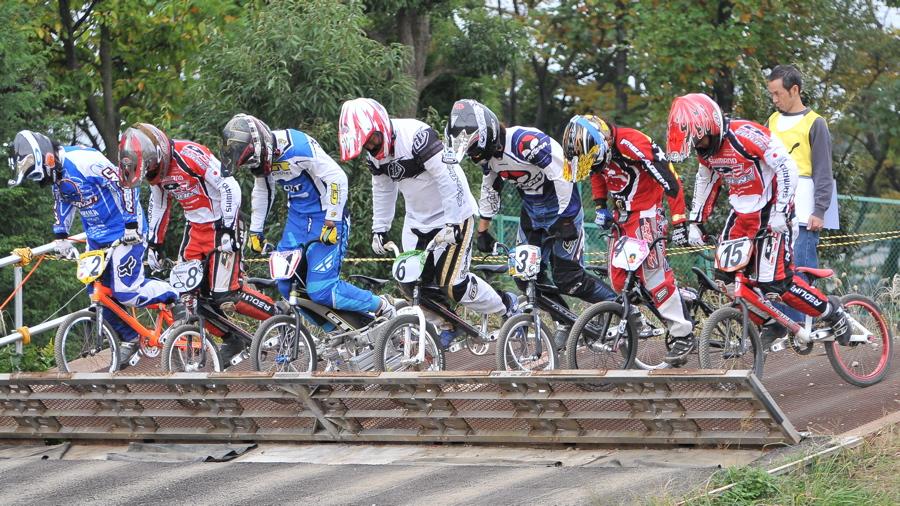 2008JOSF10月緑山定期戦VOL 1:BMXエリートクラス決勝_b0065730_2025413.jpg