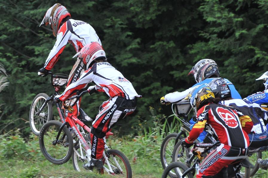2008JOSF10月緑山定期戦VOL 1:BMXエリートクラス決勝_b0065730_2033230.jpg
