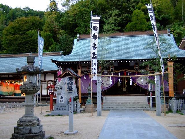 岩滝神社秋季大祭 夜神楽の前に_b0095061_1091259.jpg