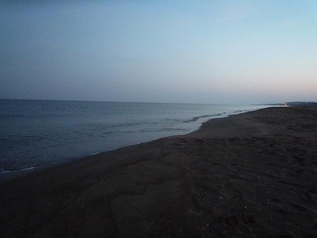 海10月20日(月)am5:45_b0112351_7364656.jpg