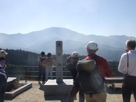 恵那山(2.191m 岐阜県) 参加13名_d0007657_9232963.jpg