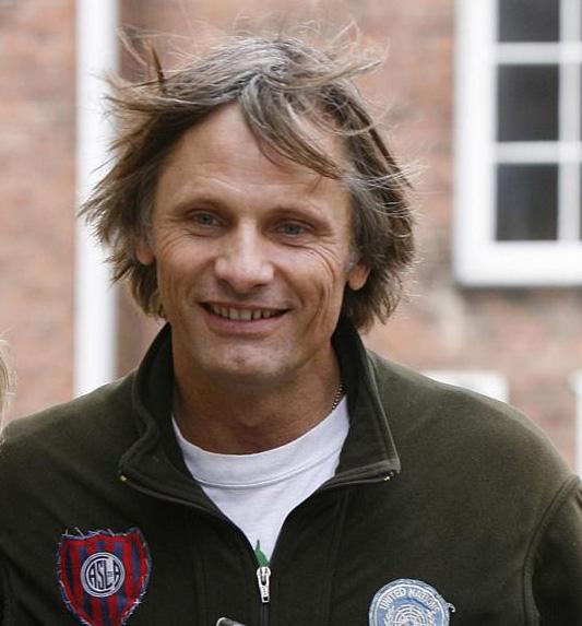 50歳、おめでとう、ヴィゴ!!!_b0064176_20552742.jpg