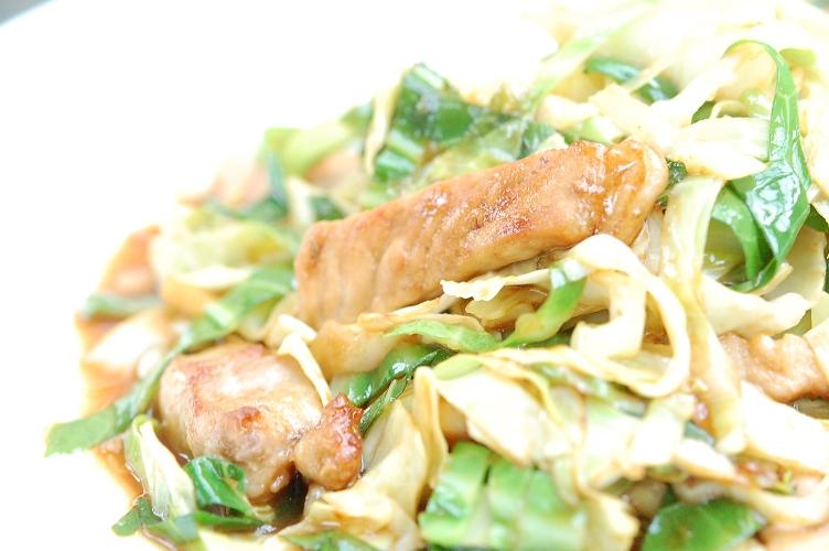 究極の豚肉とキャベツの味噌バター炒め☆_d0104926_405981.jpg