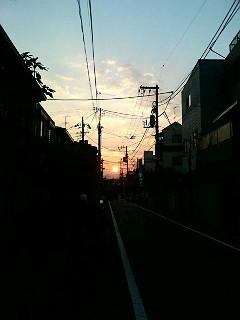 ある秋の日の夕暮れ_a0103940_1335493.jpg