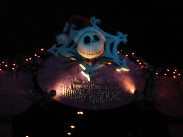 TDL Halloween Attack!!_f0011179_1925531.jpg
