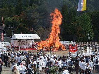 八海山火渡り大祭_b0092684_6423329.jpg