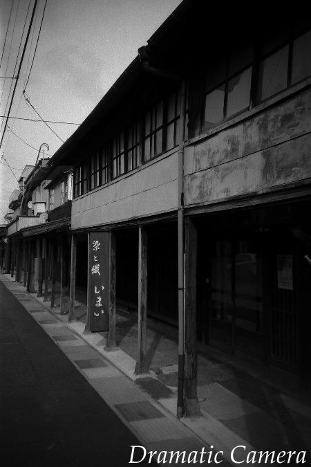 LOMO LC-Aと行く 高田の町家 雁木のある風景_d0107372_2022615.jpg