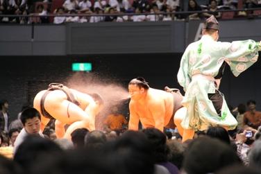 大相撲広島場所巡業_e0074251_1748278.jpg