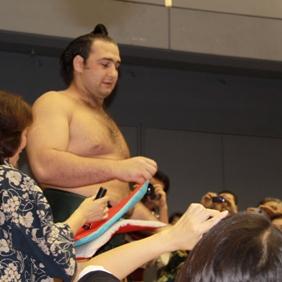 大相撲広島場所巡業_e0074251_18194479.jpg